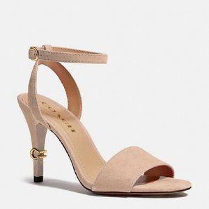 $98 *NEW*  Regina Beechwood Sandal